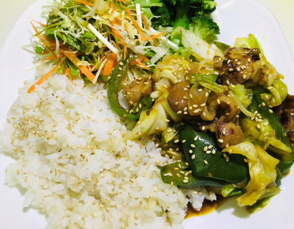 【簡単レシピ】豚コマ肉のホイコーロー風! | ととめし。
